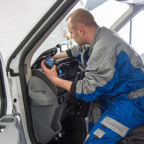 Montáž GPS lokátoru do vozidla